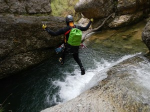 Tuffo in un canyon